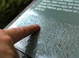 senaletica-adaptada-braille